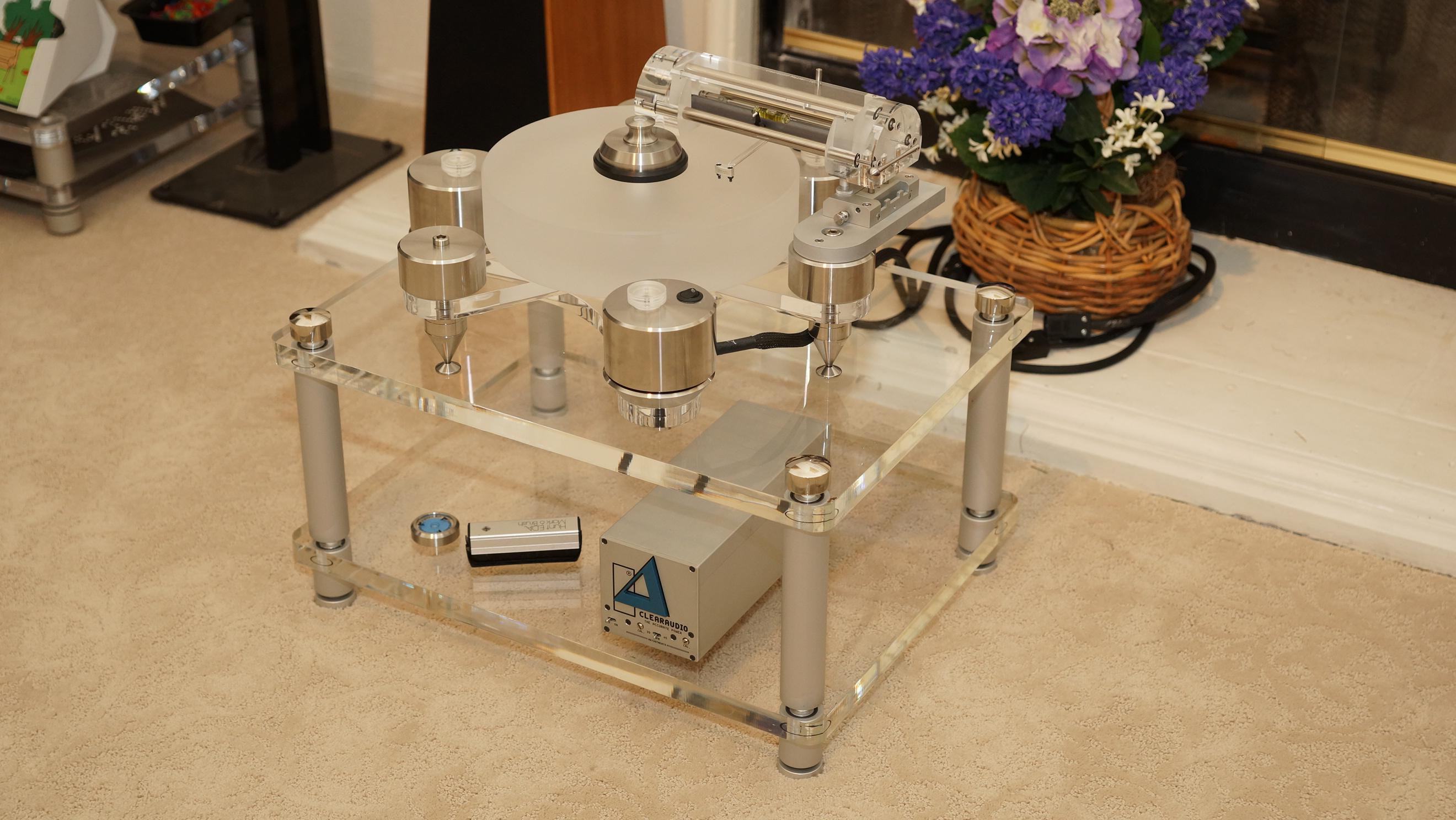 Katli Audio Equipment Rack <br/> $1550